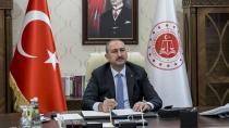 Adalet Bakanı Gül'den Korkutan Haber!