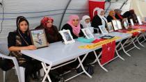 HDP önünde bekleyen Diyarbakır Anneleri 449'uncu gününe girdi