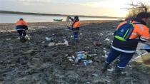 Baraj havzalarından 40 ton atık çıktı