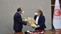 Ticaret Bakanlığı'nda devir teslim töreni: İş insanımızın bakanlığı