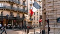 Fransa'da maske zorunluluğu kalkıyor
